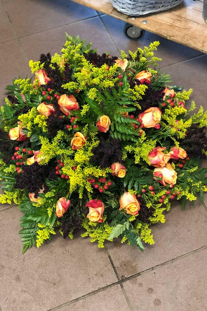 Afscheidsbloemen, rouwstuk, bloemstuk, rouwboeket en grafstuk Uitvaart bloemist Leiden, Leiderdorp, Noordwijk, Oegstgeest - Kanbier's Dochter